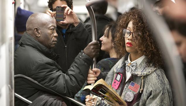 foto_metro_nueva_york_leyendo_5230_635x