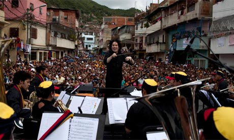 Gustavo-Dudamel-with-the--006