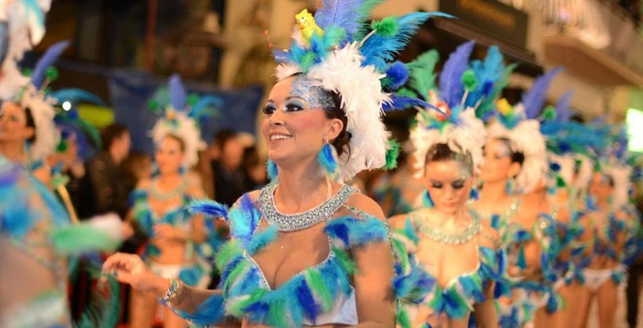 si-en-sitges-ese-bello-pueblo-mediterraneo-tambien-hay-carnaval-foto-visitsitges-com