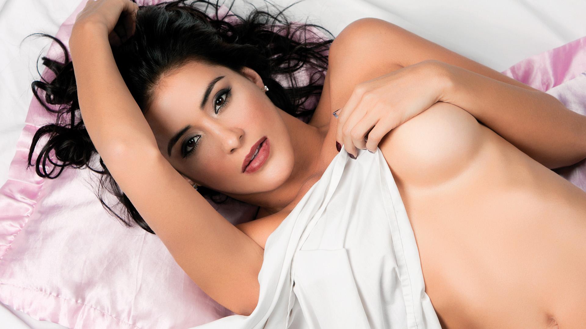 Karina-Velasquez-4-UB