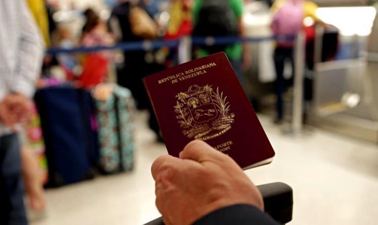 pasaporte-venezolano-aeropuerto-vuelos