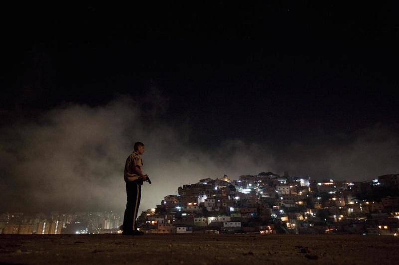 Barrio-Noche800