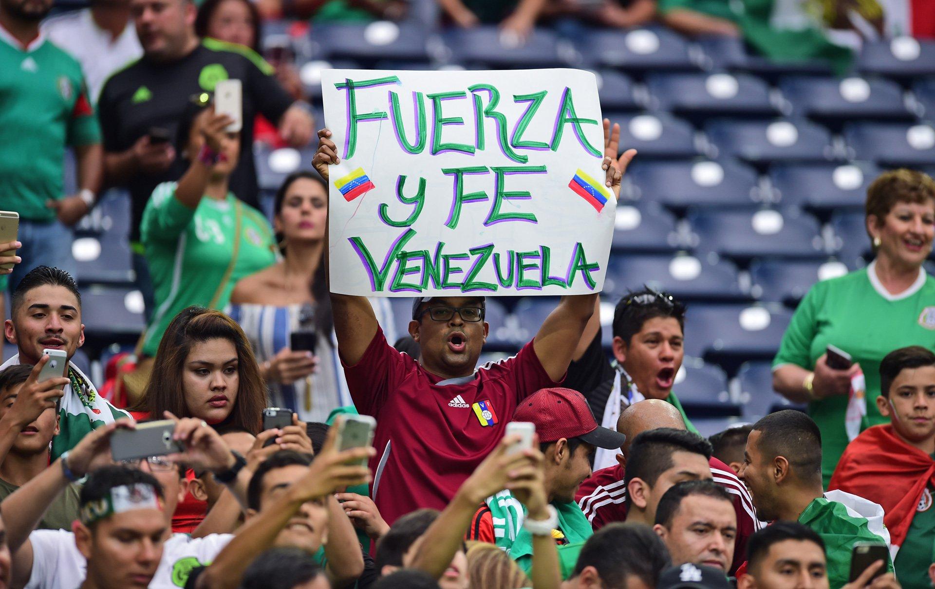 Pancartas-Venezuela-Mexico3