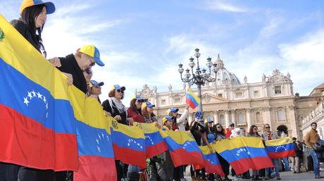 Venezolanos-Italia-Foto-Mario-Filippo_NACIMA20140216_0025_6