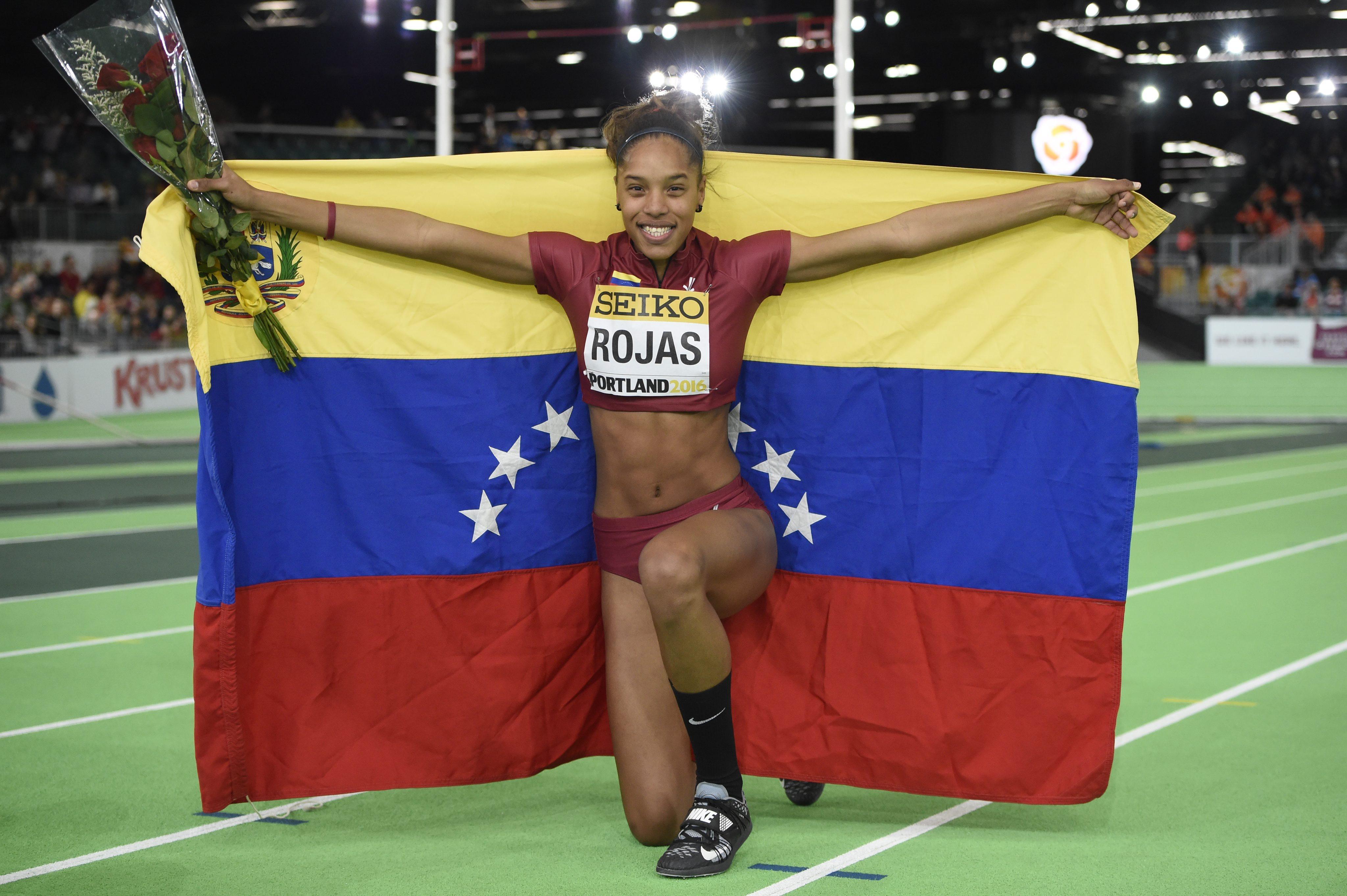 JGM31. Portland (United States), 19/03/2016.- Yulimar Rojas of Venezuela celebrates after her women's Triple Jump final at the IAAF World Indoor Championships in Portland, Oregon, USA, 19 March 2016. (Estados Unidos) EFE/EPA/JOHN G. MABANGLO