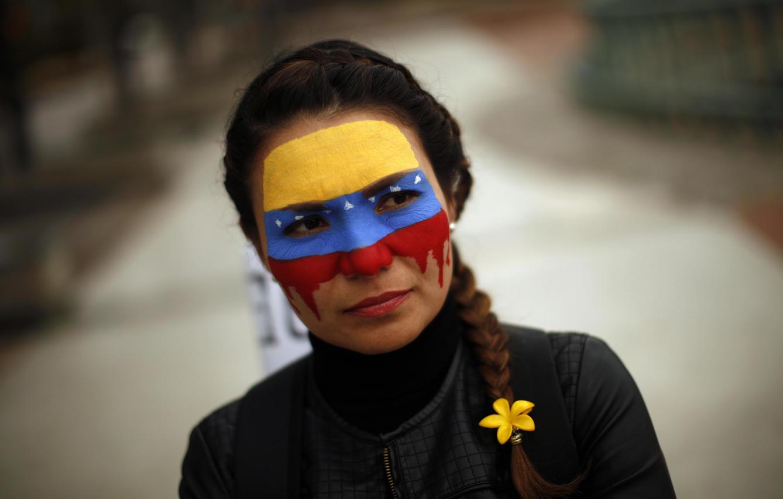 una-opositora-venezolana-residente-en-malaga-participa-en-una-protesta-contra-nicolas-maduro-reuters