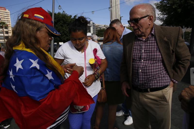 venezolanos-exigen-abono-pensiones-12_g