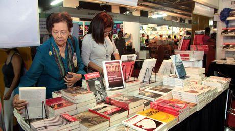 libros-nacional-foto-william-dumont_nacima20131020_0127_6