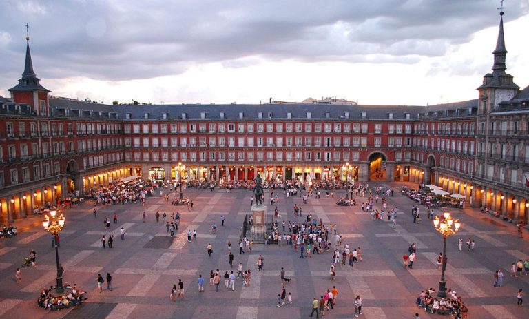 plaza-mayor-madrid-1024-768x463