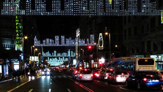 trafico-navidad-gran-via-640
